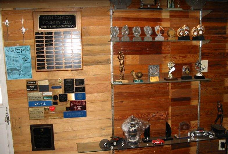 Custom engraved wood plaques and trophies from Brevard Trophy